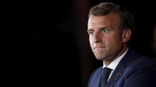 Selon le quotidien français Le Parisien, le président Emmanuel Macron pourrait annoncer un confinement strict mercredi 31 mars 2021.