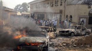A Madalla, près d'Abuja, l'attentat a provoqué des scènes de chaos et endommagé l'église Sainte Theresa.