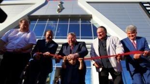 L'acteur français et citoyen russe Gérard Depardieu lors de l'ouverture du centre culturel et cinématographique portant son nom à Saransk, Russie.