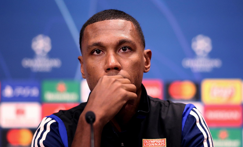 Zagueiro brasileiro Marcelo, jogador do Olympique Lyonnais, que foi alvo de ataques da torcida de seu clube.