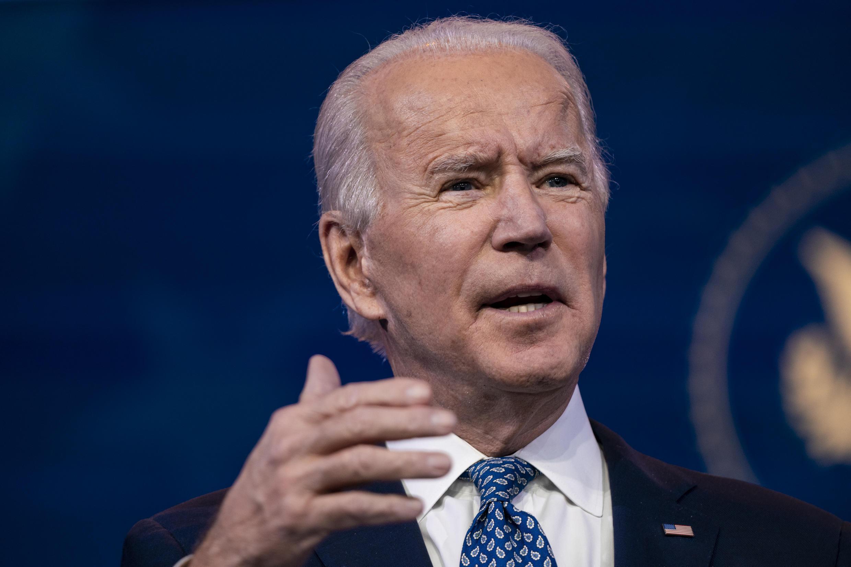 """El presidente electo de Estados Unidos, Joe Biden, advirtió de """"consecuencias devastadoras"""" para millones de ciudadanos si el mandatario saliente, Donald Trump, no firma el enorme paquete de estímulo económico aprobado por el Congreso"""