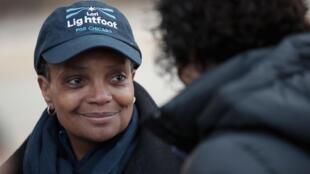 La alcaldesa de Chicago Lori Lightfoot durante su campaña, en abril de 2019