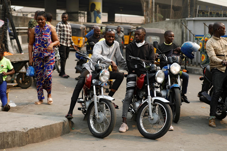 Des motos-taxis (okada) à Lagos au Nigeria. (Image d'illustration)