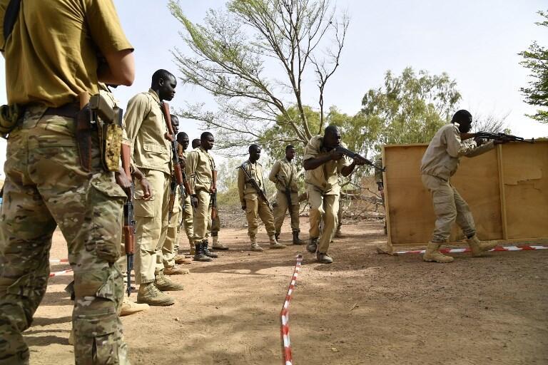 Des militaires burkinabè à l'entraînement en avril 2018 (image d'illustration).
