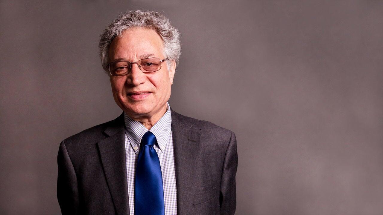 احمد کریمی حکاک