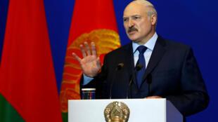 Онлайн-ресурсы все больше беспокоят белорусское правительство. На фото — президент Беларуси Александр Лукашенко