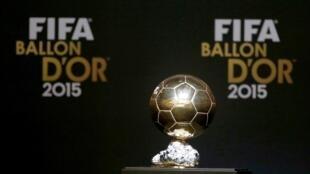 Troféu FIFA Bola de Ouro.