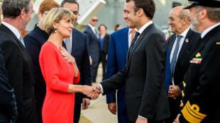 Emmanuel Macron shi ne shugaban Faransa na biyu a tarihi da ya taba kai ziyara Australia wadda ta taimakawa Faransar da dakarun soji a yakin duniya na daya da na biyu.