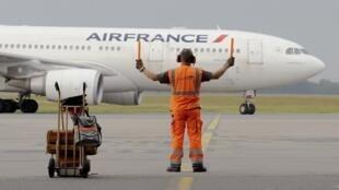 Cамолет компании Air France, 9 июня 2014.