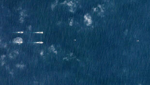 Ảnh vệ tinh phát hiện tàu sân bay Trung Quốc tại Biển Đông.