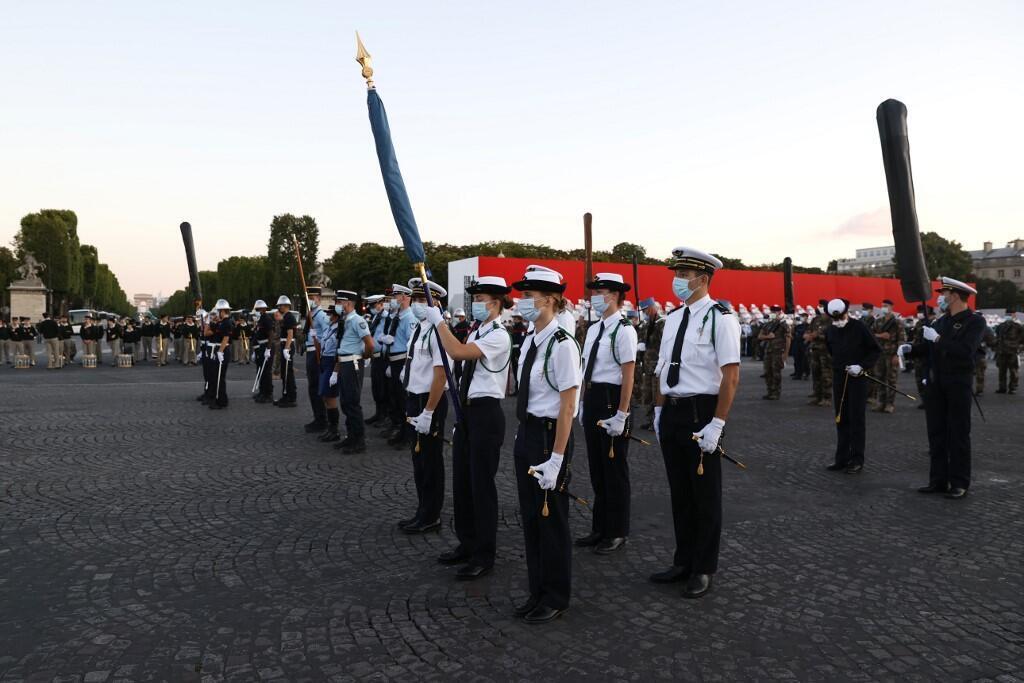 Национальный праздник Франции 14 июля. Репетиция церемонии на площади Согласия.