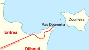 Le cap de Doumeira (Ras Doumeira) et les îles du même nom, à la frontière entre Djibouti et l'Erythrée.