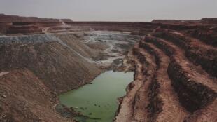 La mine d'uranium à ciel ouvert de Tamgak à Arlit, exploitée par la Somaïr, une filiale d'Areva.
