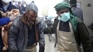Ofensiva militar continua, apesar da trégua para envio de ajuda humanitário.