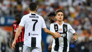 Cristiano Ronaldo et Paulo Dybala, lors d'une rencontre du championnat italien en janvier 2019.