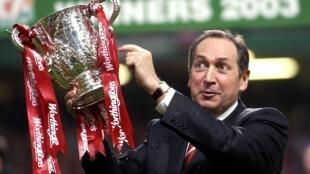2020-12-14 sport football france Gérard Houllier Liverpool psg cardiff worthington cup 2003