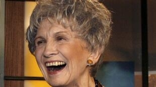 A canadense Alice Munro, de 82 anos, foi a vencedora do prêmio Nobel de Literatura de 2013.
