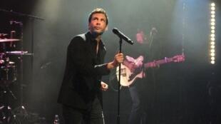 Le chanteur compositeur Alex Beaupain à La Rochelle.