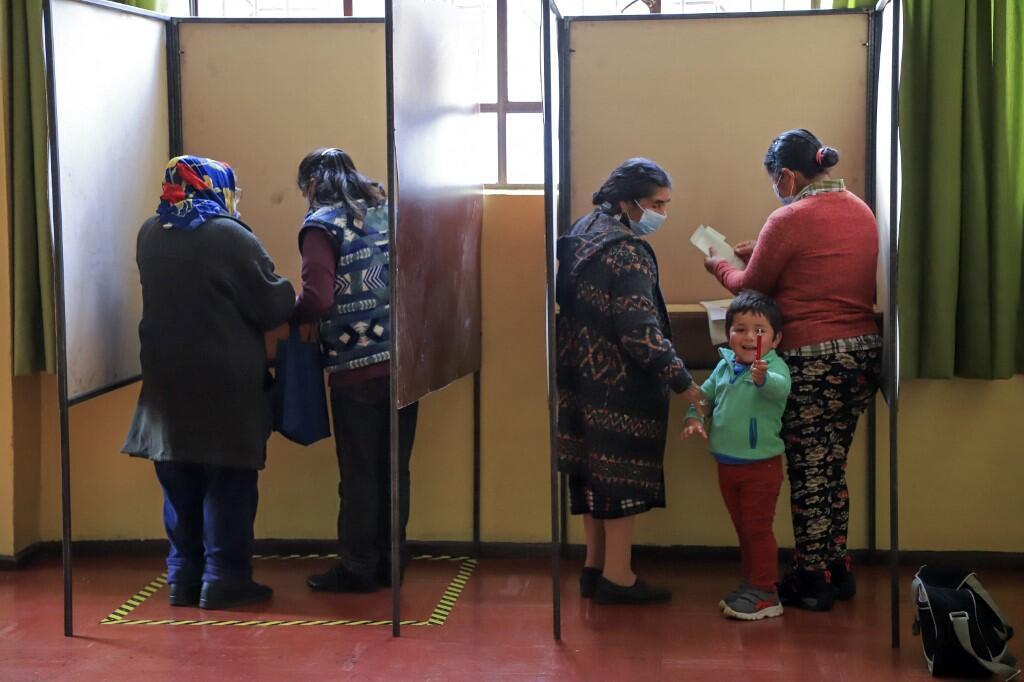 indiens mapuche chili vote assemblée constituante