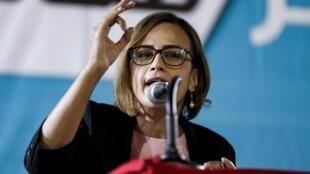 Heba Yazbak, membre arabe-israélienne du parti Balad prononçant un discours avant les élections législatives de septembre 2019.