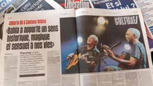 O jornal Libération desta terça-feira(1), traz uma entrevista com Gilberto Gil e Caetano Veloso.