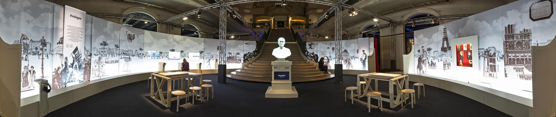 """La entrada a la exposición """"Pasteur el experimentador""""."""
