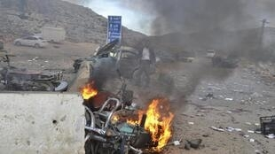 A car bomb attack at the Bab al-Hawa border crossing between Syria and Turkey, in Idlib, 20 January 2014.