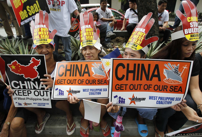 Yêu sách của Bắc Kinh Biển Đông khiến người Philippines cảnh giác với Trung Quốc.