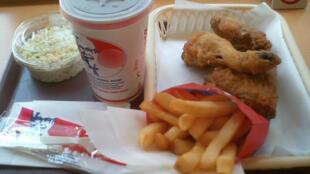 Comida de fast food é alvo de proibições na Itália