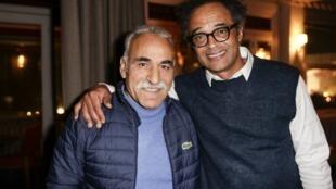 Mansour Bahrami (g) avec Yannick Noah (d), le 9 décembre 2016 lors d'un gala de charité à Paris.
