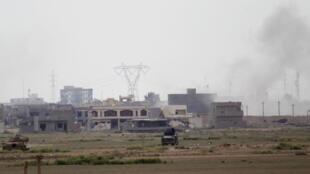 Kwa muda wa zaidi ya siku kumi, Tikrit ni eneo la mapigano kati ya jeshi la Iraq na IS.