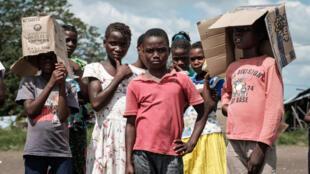 Em Moçambique aprovou em definitivo a lei que criminaliza as uniões prematuras.