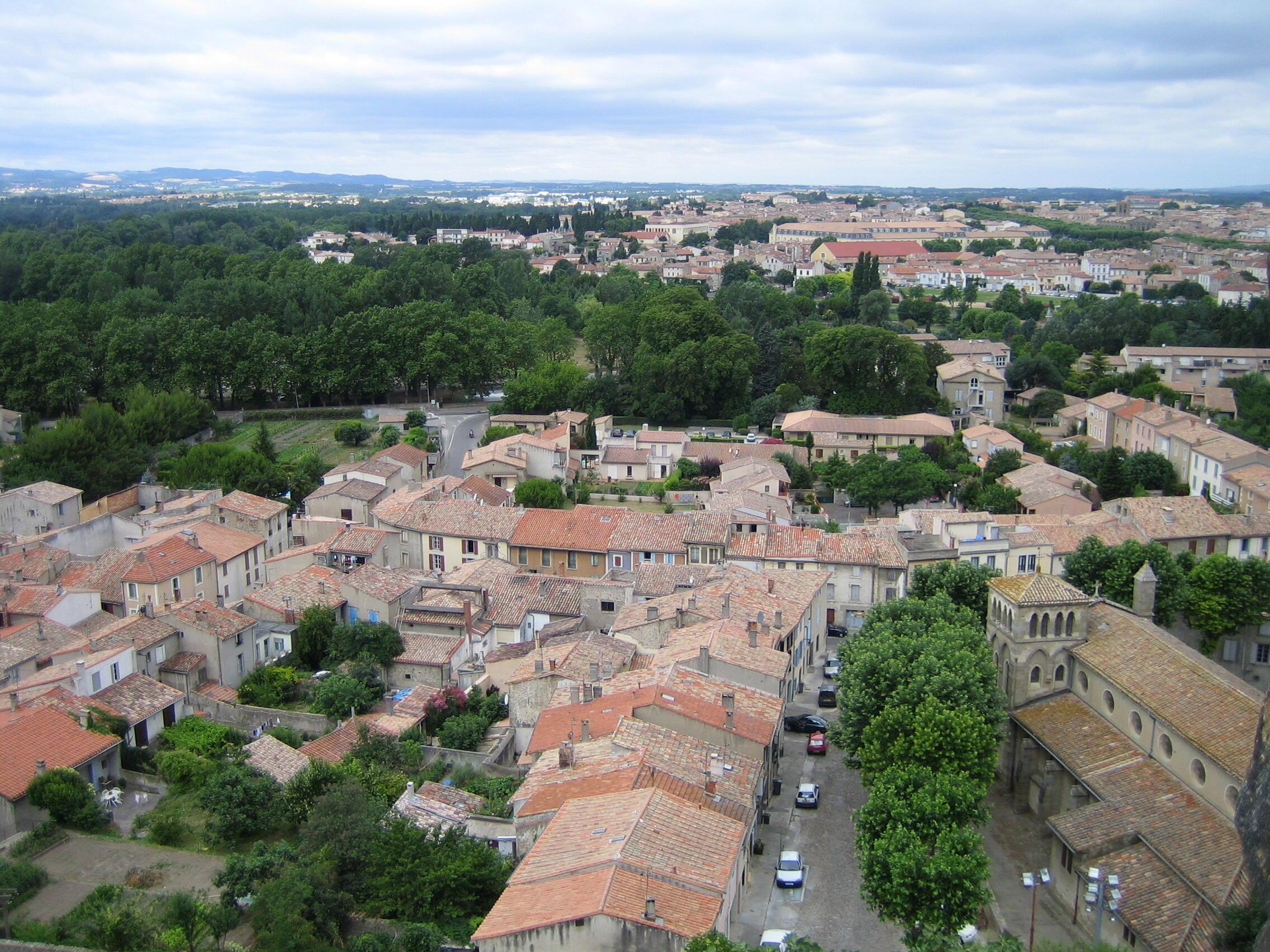 法國南部中世紀古城卡爾卡松。