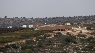 Unauthorised settler outpost outside the settlement of Talmon, near Ramallah, 31 October, 2012