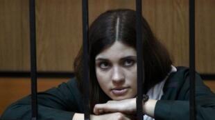 Участница группы Pussy Riot Надежда Толоконникова во время рассмотрения прошения об УДО в суде в Зубовой Поляне 26/04/2013