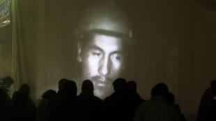 Сеанс видеосвязи родственников с заблокированными шахтерами.