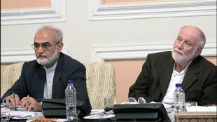 حسن حبیبی در یکی از جلسات مجمع تشخیص مصلحت نظام