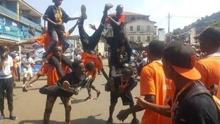 On Kissy road street carnival, acrobatics performance by young Sierra Leoneans in Freetown.