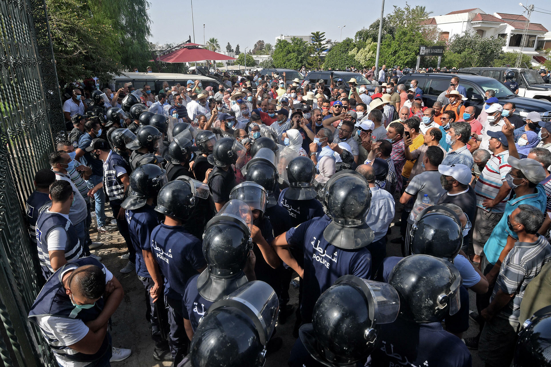 IMAGE Tensions dans le centre-ville de Tunis, Tunisie, le 26 juillet 2021.