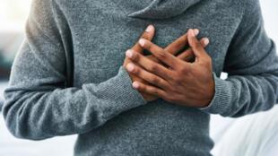 L'AVC peut être provoqué par l'obstruction ou par la rupture d'un vaisseau sanguin dans le cerveau