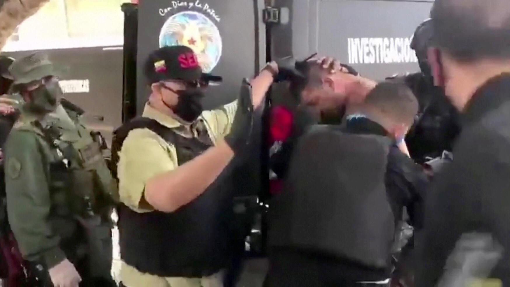 Les forces armées vénézuéliennes ont arrêté plusieurs personnes -dont deux Etats-Uniens- accusées de tentatives d'invasion du territoire, le 4 mai 2020.