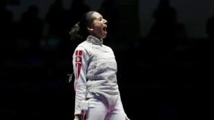 La Tunisienne Inès Boubakri remporte le bronze en escrime.
