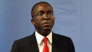 Waziri mkuu wa DRC, Augustin Matata Ponyo, ameendelea kushikilia wadhifa wake katika serikali mpya ambayo imeanza kupingwa.