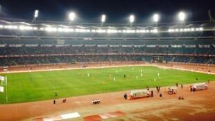Match mardi 14 octobre au soir, entre le FC Pune et le Delhi Dynamos, au stade Jawaharlal-Nehru de New Delhi.