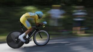 """Итальянец Винченцо Нибали во время 20-го этапа """"Тур де Франс"""", 26 июля 2014."""