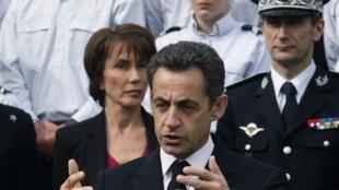 Nicolas Sarkozy in Dammarie-Lès-Lys (Seine-et-Marne department) on 18 March 2010.