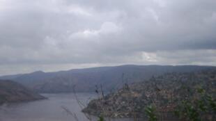 Le fleuve Congo, vu depuis Matadi en RDC.