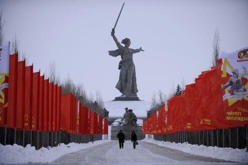 Thành phố Volgograd được đổi tên thành Stalingrad để kỷ niệm 70 năm Hồng quân xô viết chiến thắng Đức Quốc Xã (Reuters)