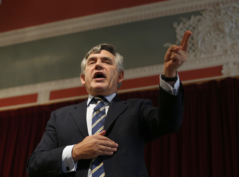 Cựu Thủ tướng Anh Gordon Brown phát biểu tại Dundee, thuyết phục đồng hương Scotland bỏ phiếu chống - REUTERS /Russell Cheyne