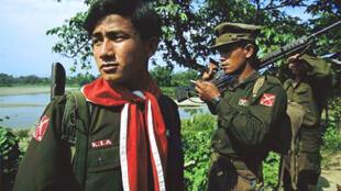 Soldat de l'armée Kachin